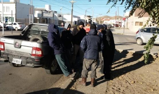 Trabajadores de Espacios Verdes continúan reclamando por indumentaria