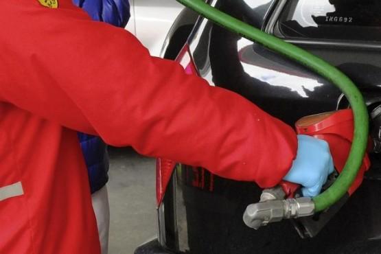 YPF y Shell aumentaron un 1,5% el precio de sus combustibles