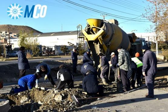 Municipio reparó dos enormes baches