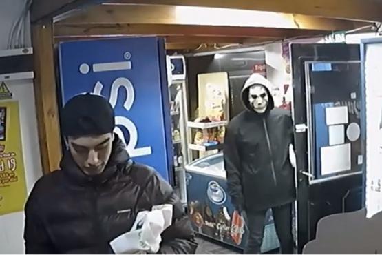 De terror: delincuente quiso robar enmascarado y armado con arma blanca