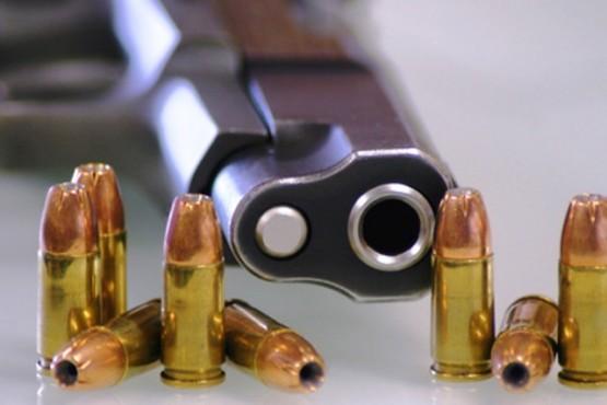 Entraron a la casa de un gendarme y roban cargadores y municiones