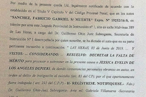 Juez dictó la falta de mérito a policía que había sido imputada por el suicidio de su pareja