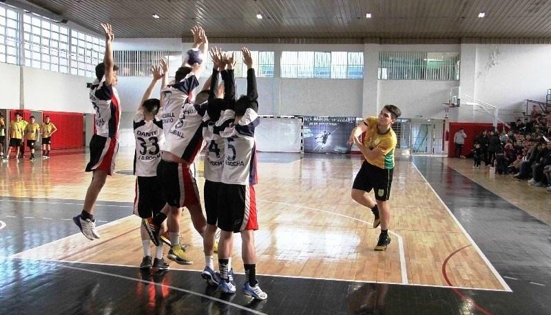 El handball tiene su intenso calendario.