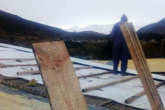 Finalizó la reparación del techo de la Escuela N°735
