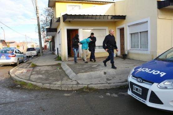 En allanamiento detuvieron a un sujeto por robar en una casa