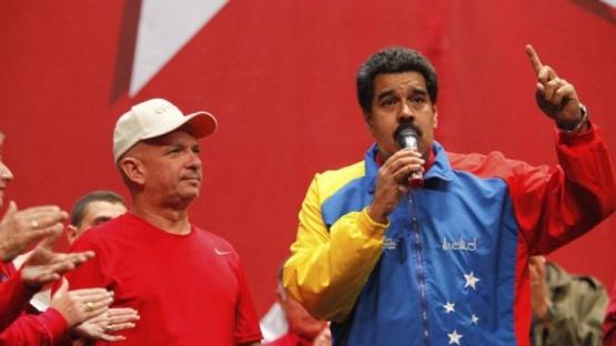 Gobierno prohíbe el ingreso al país de 426 funcionarios venezolanos