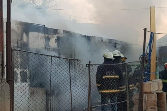 Tres muertos en voraz incendio