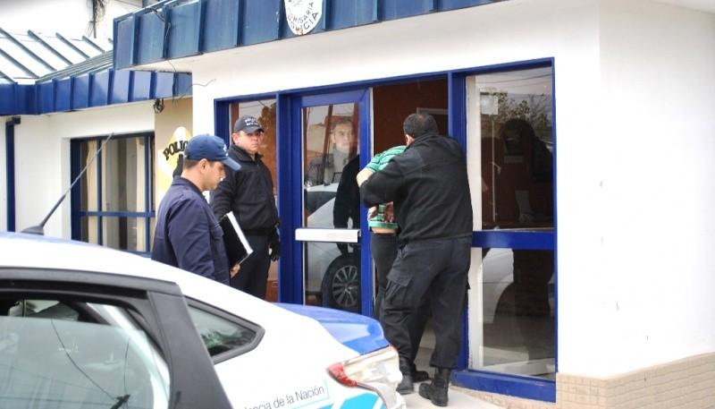 Los sospechosos estuvieron demorados en la Seccional Cuarta. (Foto archivo)