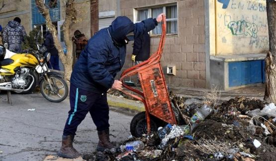 Continúan tareas de limpieza en sectores de la ciudad