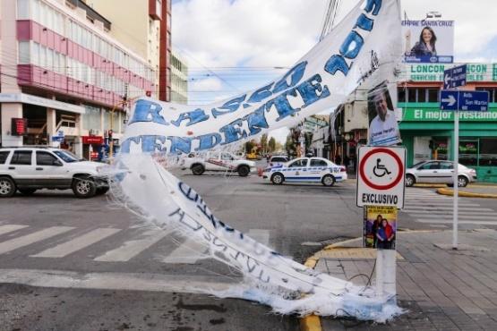 En Río Gallegos no se podrán colocar pasacalles en campaña