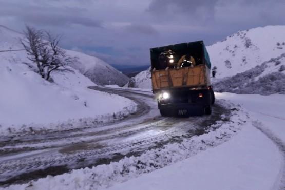 """Vialidad Provincial trabaja en el acceso a """"La Hoya"""""""