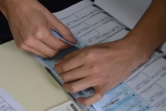 Ameghino deberá volver a votar intendente por un empate