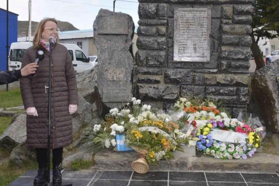 Alicia Kirchner recordó a los fallecidos en la tragedia de Mina 5