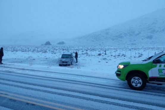 Equipos de Defensa Civil trabajan en el monitoreo de rutas ante el alerta meteorológico