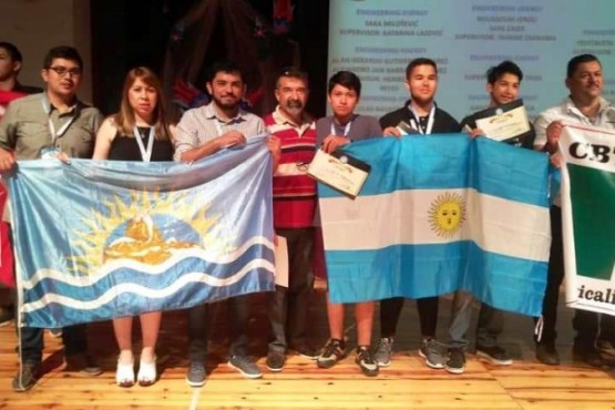 Alumnos de Caleta lograron el tercer lugar en la Feria Internacional de Ciencias