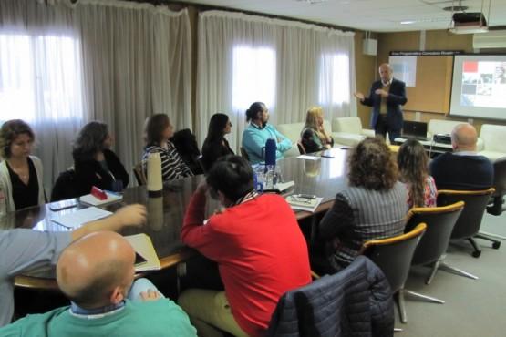 Impulsan proyecto de asociación estratégica en capacitación e investigación