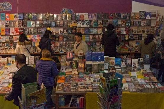 Con gran participación se desarrolla la Feria Provincial del Libro