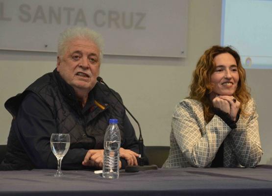 Ginés García destacó el trabajo en salud que realiza Santa Cruz