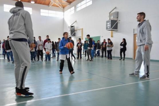 Inscripciones abiertas a capacitación docente sobre básquet escolar