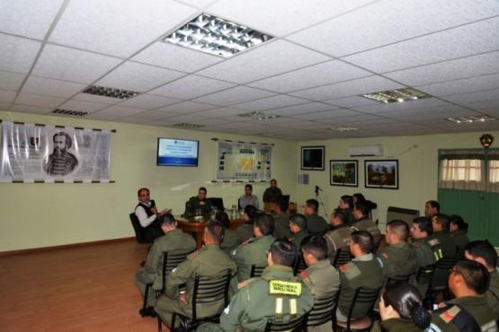 Gendarmería Nacional llamó a inscripción