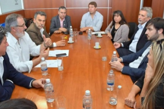 """""""Nacho"""" Torres – Claudia Riveros para diputados"""