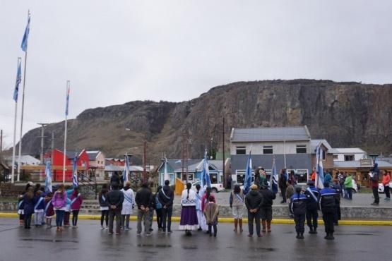 Chaltén celebró el Día de la Bandera