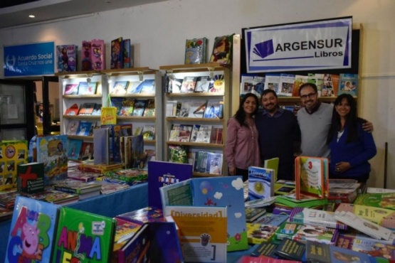 Los libreros destacan la gran convocatoria de la Feria del Libro