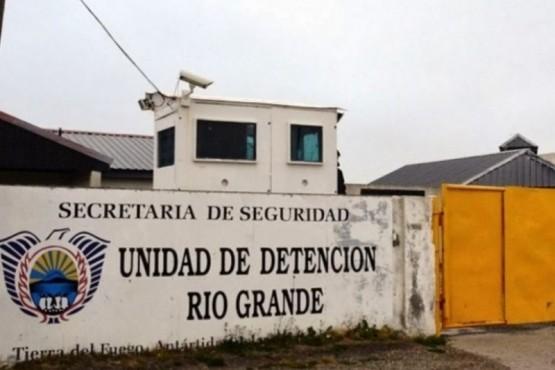Presos golpearon a un detenido por abuso sexual