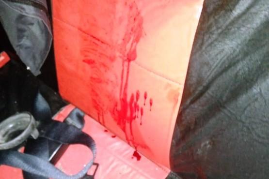 Se realizaron las pericias del caso en el auto donde fue apuñalado el joven.