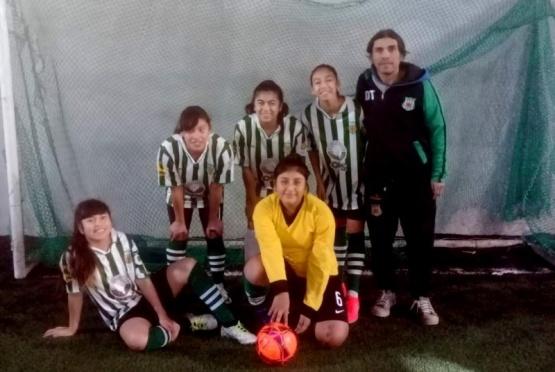 Se disputa la Interbarrial de fútbol en Caleta Olivia