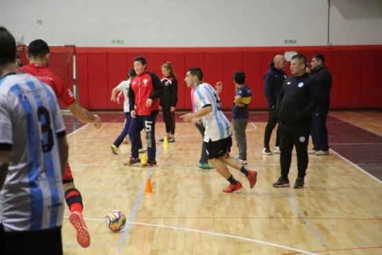 Los campeones del mundo entrenaron en el Juan Bautista Rocha