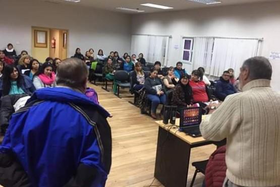 Programa radial de adultos mayores en Chubut