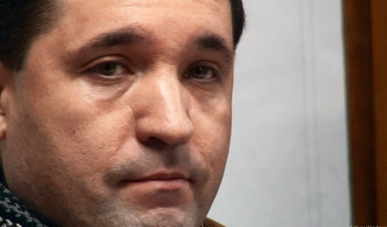 11 años de prisión y detención para el cura