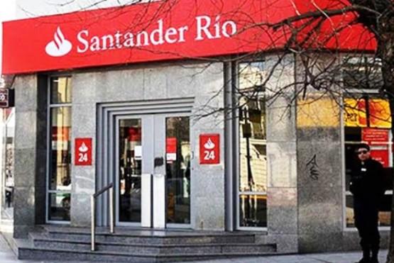 Intentaron entrar al banco Santander Río