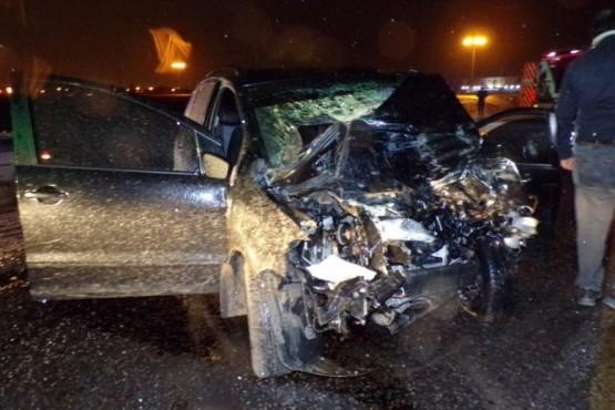 Conductor muere en el hospital tras chocar de frente con camión