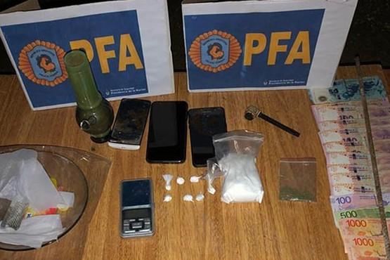 Detienen a un narco y secuestran cocaína de máxima pureza