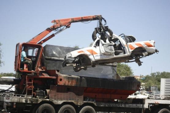 Pide la adhesión al Programa Nacional para compactar vehículos y chatarras