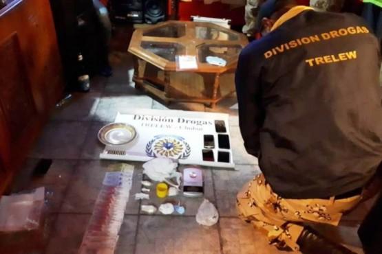 Golpe al narcotráfico: cocaína, plata, dinero y 6 detenidos
