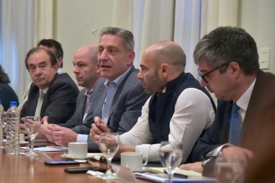 Arcioni realizó reunión de gabinete en Rawson