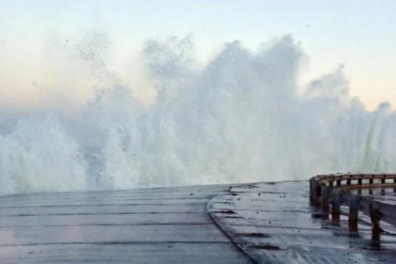 """Se espera una nueva marejada con """"grandes olas"""" para este viernes"""