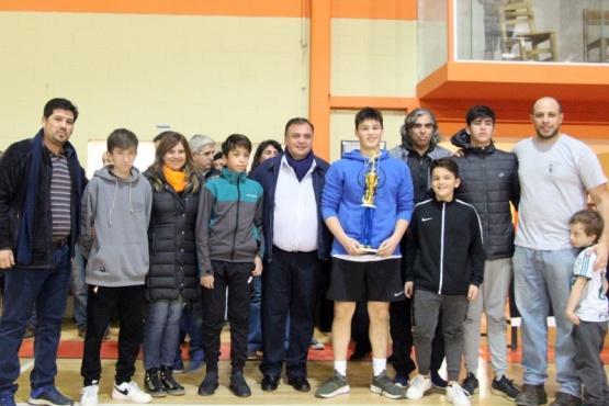Belloni se hizo presente en el cierre de la Liga Escolar Municipal de Handball