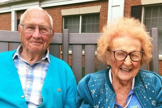 Ella tiene 103 años, él 100: se casaron después de un año de noviazgo