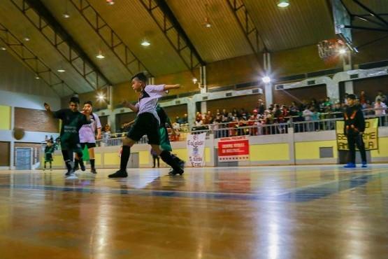 Regresó la Liga Municipal de Futsal Infantil en El Calafate