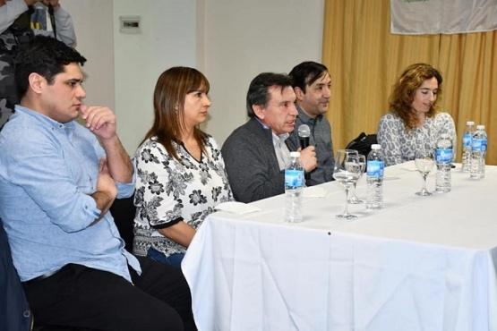 """Se realizó la primera edición del ciclo de charlas de formación política """"Formarnos, para la política del futuro"""""""