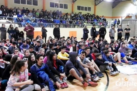 La Liga Escolar de Handball convocó a 750 jóvenes