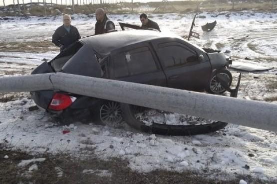 Dos conductores con heridas de gravedad en violentos choques