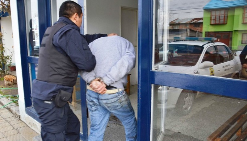 El sujeto estuvo en la Comisaría seis horas y recuperó su libertad. (Foto ilustrativa - archivo)
