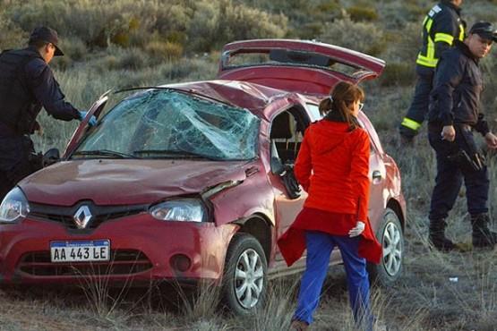 Vuelco y misterio: apareció un auto sin ningún ocupante en la Ruta 3