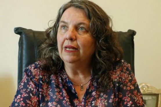 Valeria Saunders, ministro de la Familia y Promoción Social