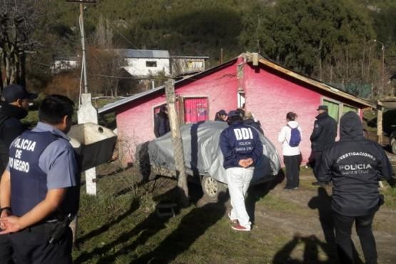 Personal policial realizó allanamiento en El Calafate